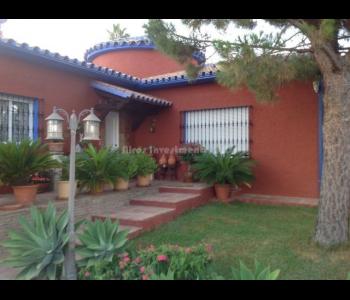 Villa privada en Arroyo de la Miel