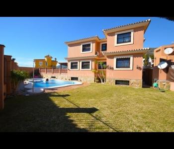 Villa privada en zona Santangelo-Benalmádena
