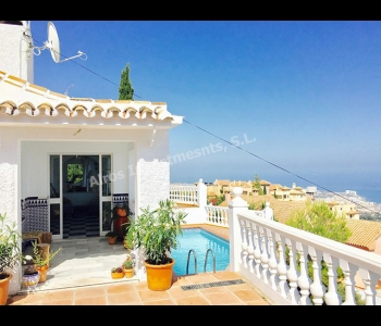 Villa en Benalmádena con Vistas Panorámicas