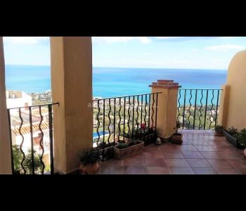 Apartamento con vistas panorámicas al mar